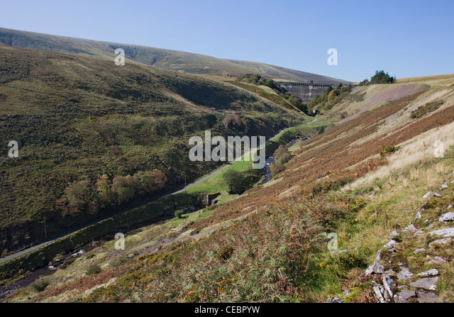 The dam of the Grwyne Fawr reservoir in the Black Mountains of Monmouthshire Gwent in Wales in Autumn - Stock Image