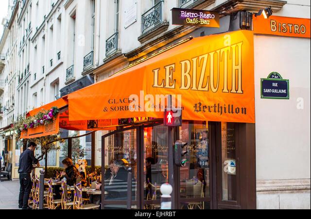 Cafe Le Bizuth Paris France