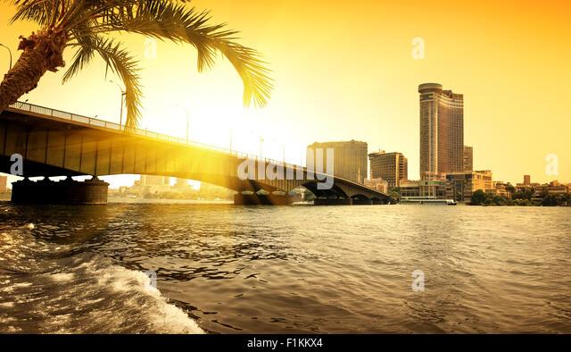 Bridge through Nile in Cairo in the evening - Stock Image