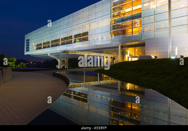 William  J Clinton Presidential Center Little Rock AR at night - Stock Image