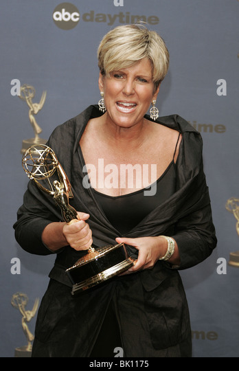 SUZE ORMAN 33RD DAYTIME EMMY AWARDS KODAK THEATRE HOLLYWOOD LOS ANGELES USA 28 April 2006 - Stock-Bilder