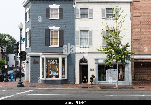 Papyrus stationary shop on Wisconson Avenue NW in Georgetown, Washington DC - Stock Image