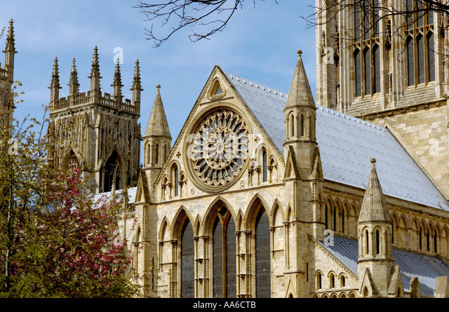 Butressed stock photos butressed stock images alamy for Rose window york minster