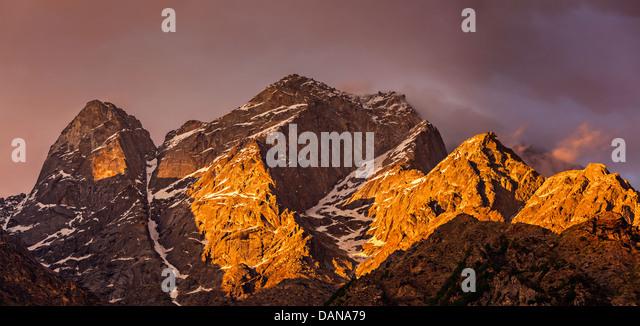 Himalayas mountains on sunset. Himachal Pradesh, India - Stock Image