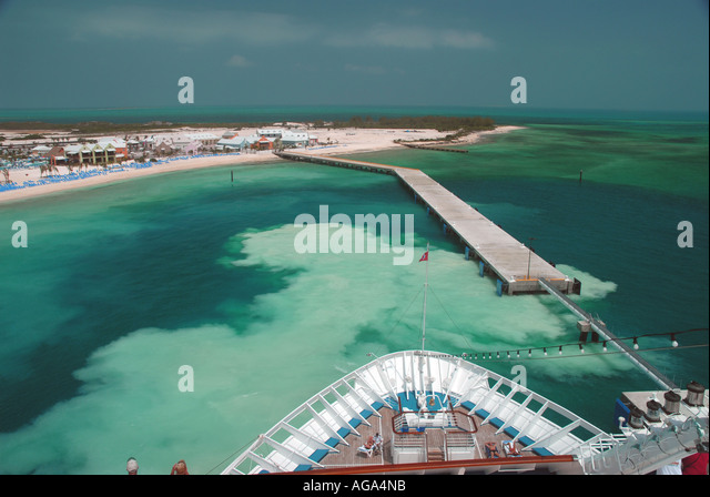 Grand Turk Island Turks and Caicos Islands tci cruise ship stirs sand bottom as departs - Stock Image
