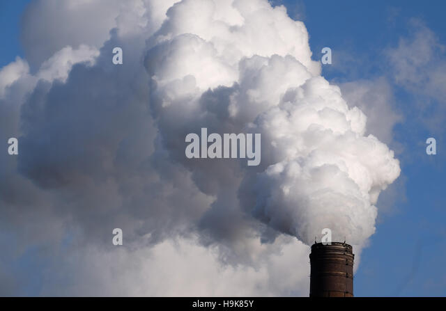 Air Pollution from factory in Nottinghamshire, England, UK - Stock Image