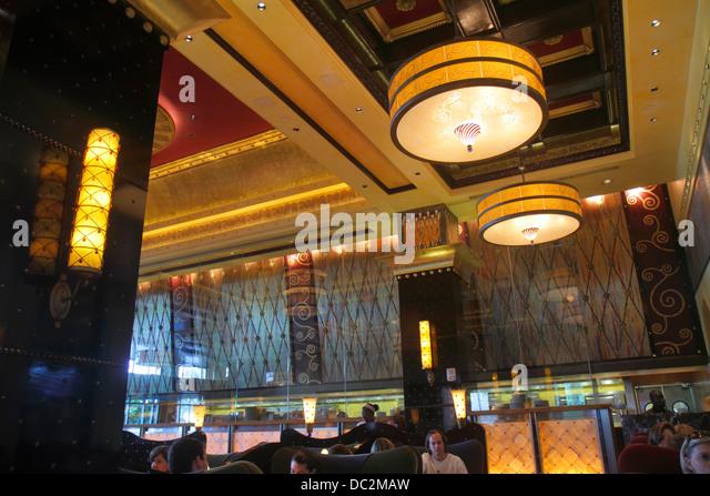 Oasis Cafe Restaurant Ft Lauderdale