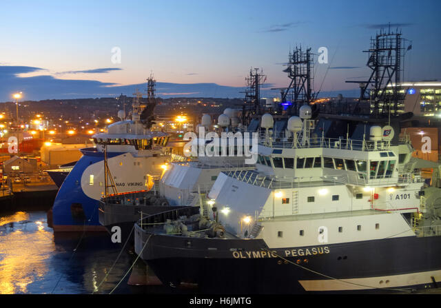 Aberdeen Harbour at Night, Aberdeenshire,Scotland,UK - Olympic Pegasus - Stock Image
