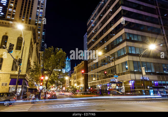 Illinois Chicago River North downtown West Illinois Street North Clark Street night nightlife buildings - Stock Image