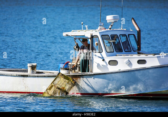 Fisherman maine stock photos fisherman maine stock for Lobster fishing in maine