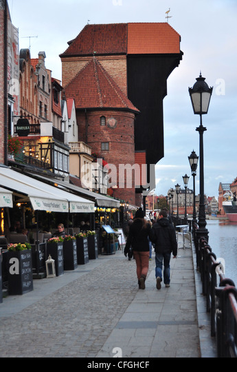 DLUGIE POBRZEZE,- FAMOUS ANCIENT MANUALALLY OPERATED  HARBOUR CRANE  IN GDANSK POLAND EASTERN EUROPE - Stock Image