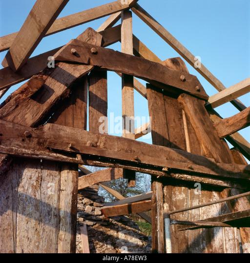 Building Construction Practices : Building construction medieval techniques stock photos