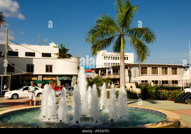 George Town Grand Cayman Heroes Square water fountain - Stock Image