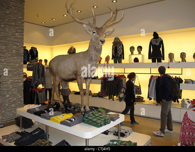 Switzerland Zuerich, Alpenrausch fashion shop - Stock Image