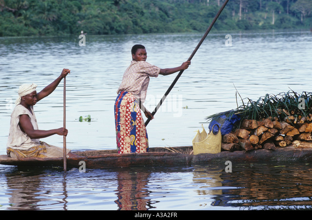 pirogue congo river - Stock-Bilder