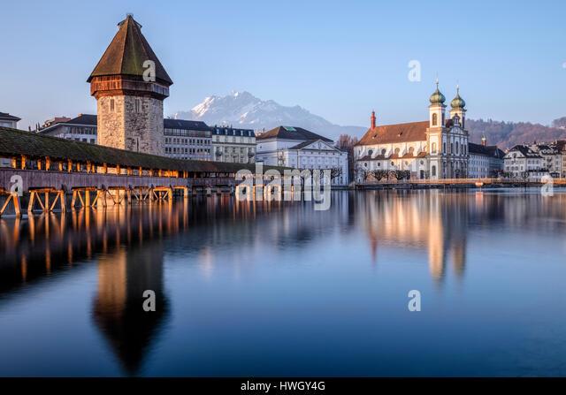 Lucerne, Reuss, Kapelll Bridge, Jesuit Church, Nadelwehr, Switzerland, Europe - Stock-Bilder