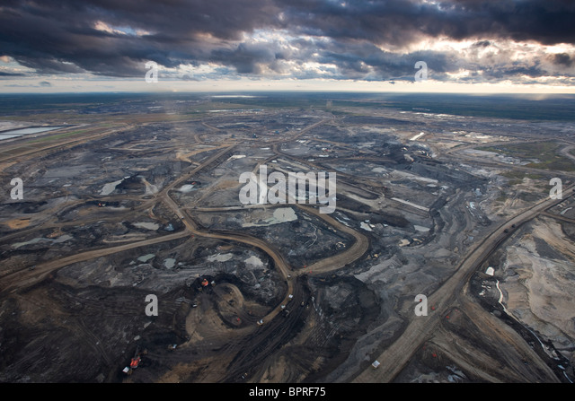 Syncrude Aurora Oil Sands Mine, Canada. - Stock-Bilder