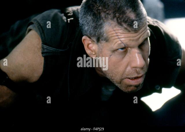 Ron Perlman / Alien: Resurrection / 1997 directed by Jean-Pierre Jeunet [Twentieth Century Fox Film Corpo] - Stock Image