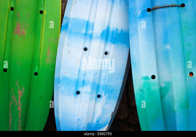 Colourful kayaks - Stock-Bilder