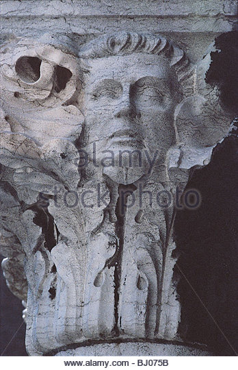 Sculpture on a capital in the Loggia of the Doge?s Palace, Venice, Italy - Stock-Bilder