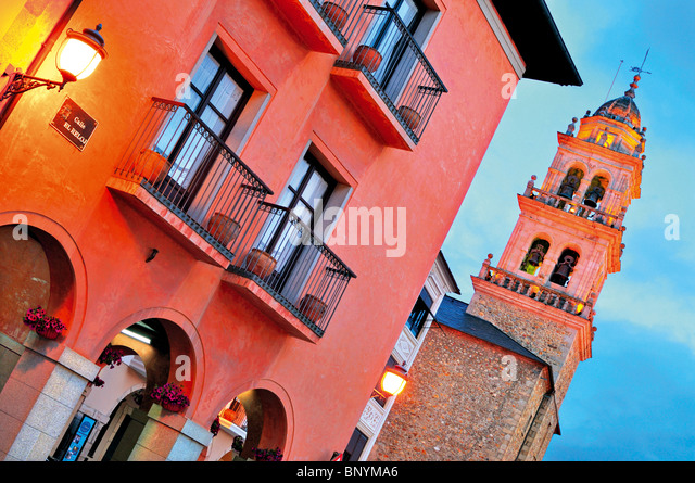 Spain, St. James Way: Historic centre of Ponferrada - Stock-Bilder