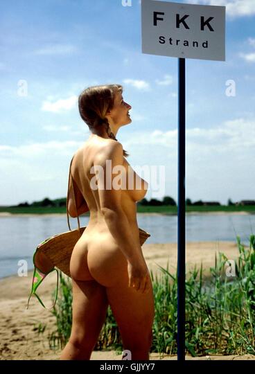 Nude mature huge tits pics