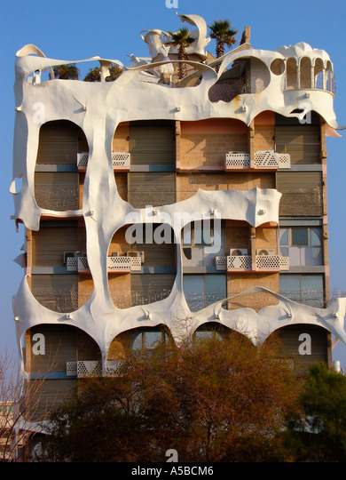 The 'crazy' house, designed by architect Leon Gnignebt situated at 181 Hayarkon street in Tel Aviv. Israel - Stock Image