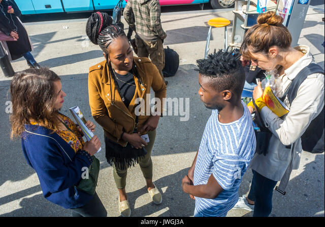 Paris, France, Diverse Group of French Teen Tourists Travelling with DIscount Bus, Ouibus, Gare de Bercy - Stock Image
