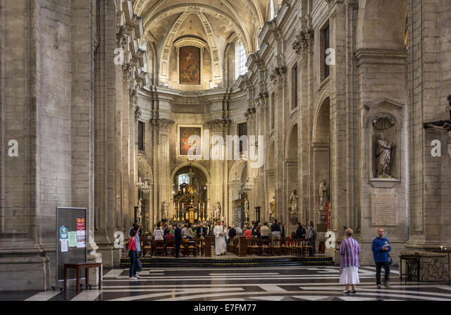 Mass in the Saint Peter's church / Onze-Lieve-Vrouw-Sint-Pieterskerk in Ghent, Belgium - Stock Image