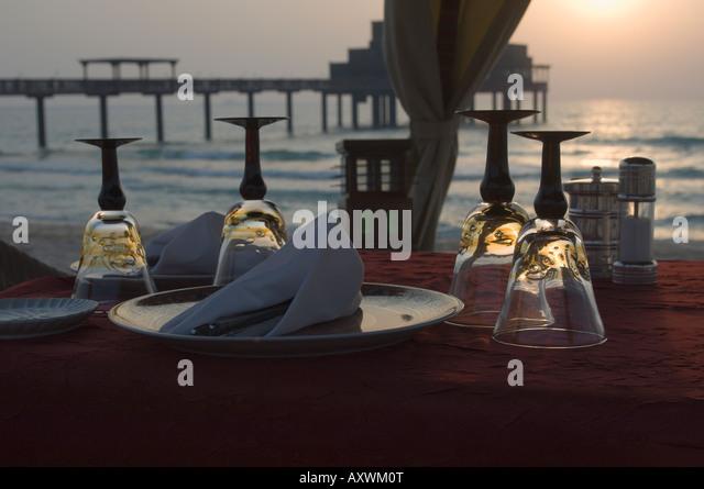 Dubai table stock photos dubai table stock images alamy for Table 9 dubai