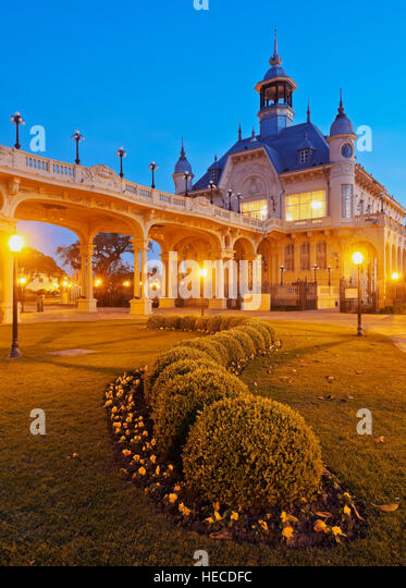 Argentina, Buenos Aires Province, Tigre, Twilight view of the Municipal Museum of Fine Art. - Stock Image