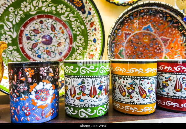 Classical turkish ceramics on the bazaar istanbul stock photo - Istanbul Grand Bazaar Ceramics Stock Photos Amp Istanbul