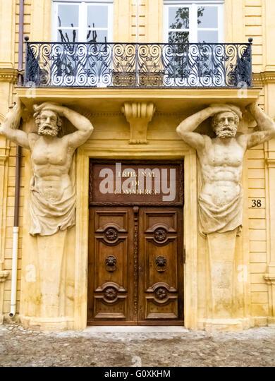 Carved balcony stock photos carved balcony stock images - Tribunal de commerce salon de provence ...