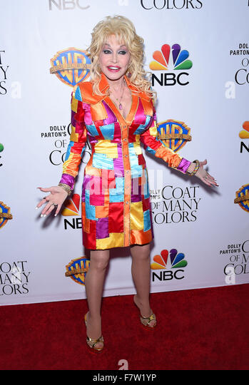 Hollywood, California, USA. 2nd Dec, 2015. Dolly Parton arrives for the premiere of the film Dolly Parton's - Stock Image
