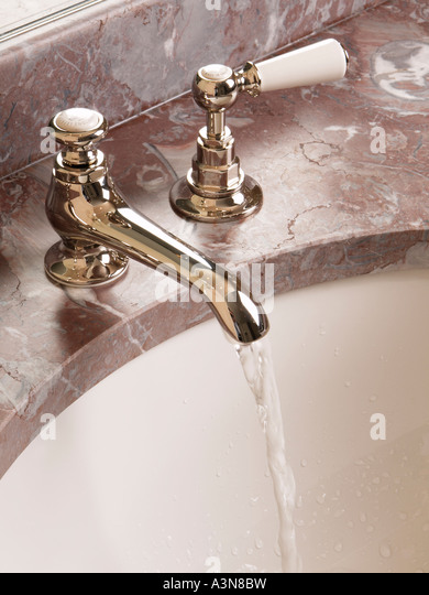 Old Fashioned Water Tap Stock Photos Old Fashioned Water Tap Stock Images Alamy