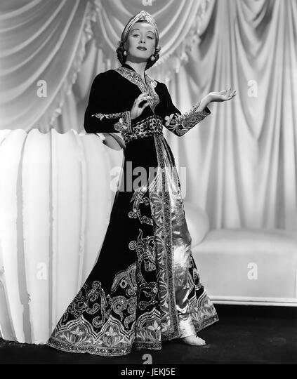 ROMANCE IN THE DARK 1938 Paramount Pictures film with Gladys Swarthout - Stock-Bilder