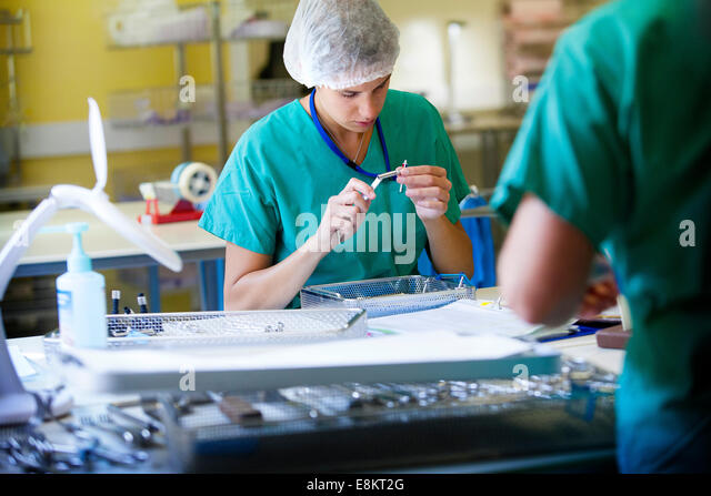 Reportage in sterilisation unit in Thonon-les-Bains hospital, France All hospital services send their equipment - Stock Image