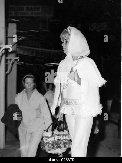 Actress Elizabeth Taylor shops at Lachia - Stock-Bilder