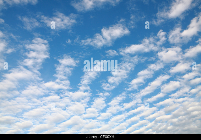 Cloud spread on the Sky - Stock-Bilder