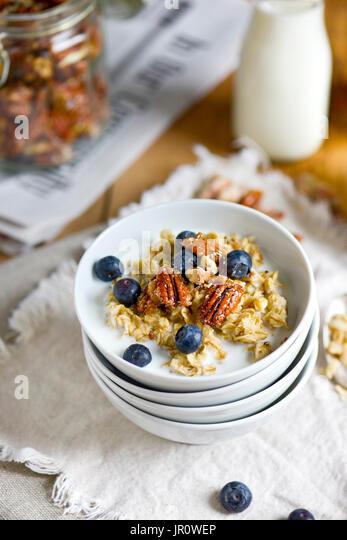 oat meal, breakfast food, blue berries - Stock Image