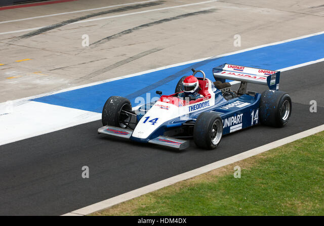 Simon Fish in a1980, Ensign N180, exiting the pits, for the start of the FIA Masters Historic F1 Race at the Silverstone - Stock Image