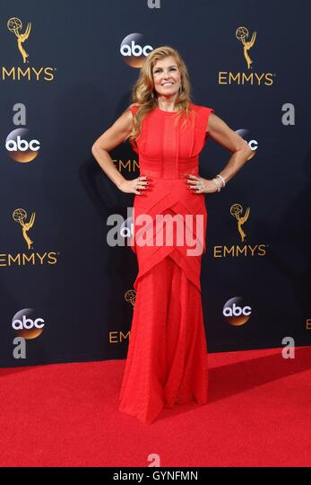 Los Angeles, CA, USA. 18th Sep, 2016. Connie Britton at arrivals for The 68th Annual Primetime Emmy Awards 2016 - Stock-Bilder