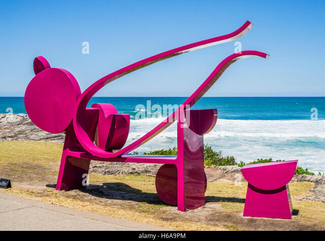 Bondi Beach, Sydney, Australia. 24th Oct, 2016. Sculpture by the Sea, Australia's largest annual outdoor sculpture - Stock-Bilder