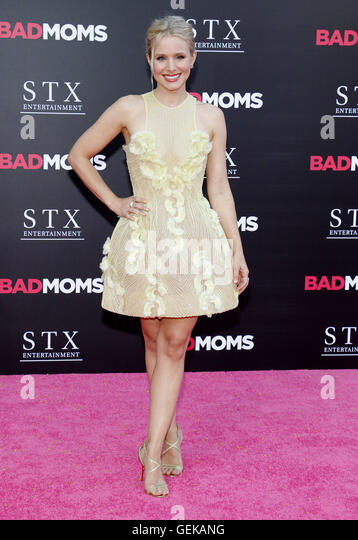 Los Angeles, California, USA. 26th July, 2016. Kristen Bell at the Los Angeles premiere of 'Bad Moms' held - Stock-Bilder