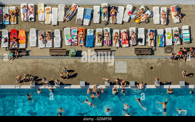 Witten, Germany. 19th July, 2016. Aerial view, swimming pool Annen in Witten, swimmer pool, sun levels, bathers - Stock Image