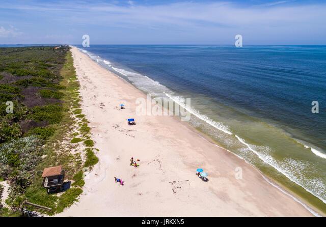 Florida Vero Beach Treasure Shores Park Atlantic Ocean sand aerial overhead view bird's eye above sunbathers - Stock Image