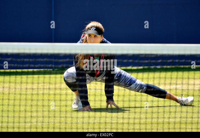 Belinda Bencic (Switzerland) training before the final at the Aegon International, Eastbourne, 24 June 2015 - Stock-Bilder