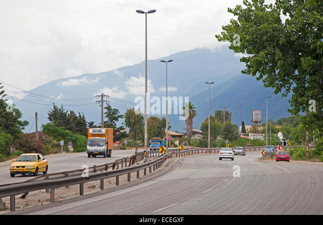 Cars driving on the freeway along the Caspian Sea in Iran - Stock Image