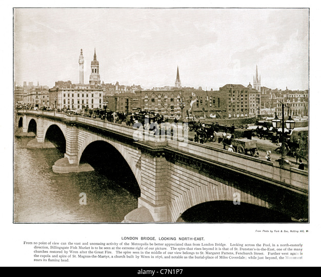 London Bridge, Looking North-East, 1897 Victorian photograph of the traffic crossing over the River Thames, the - Stock Image