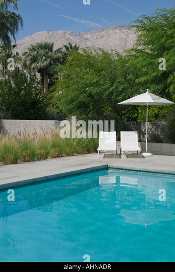 Empty Swimming Pool : Empty swimming pool stock photos